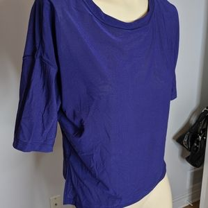 Lululemon - sheer t-shirt